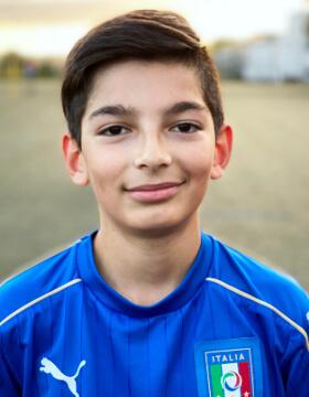 KFA-Schiedsrichter Jan-Gabriel Grosew